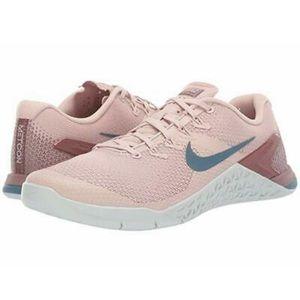 NIKE METCON 4 Sneakers PRICE FIRM